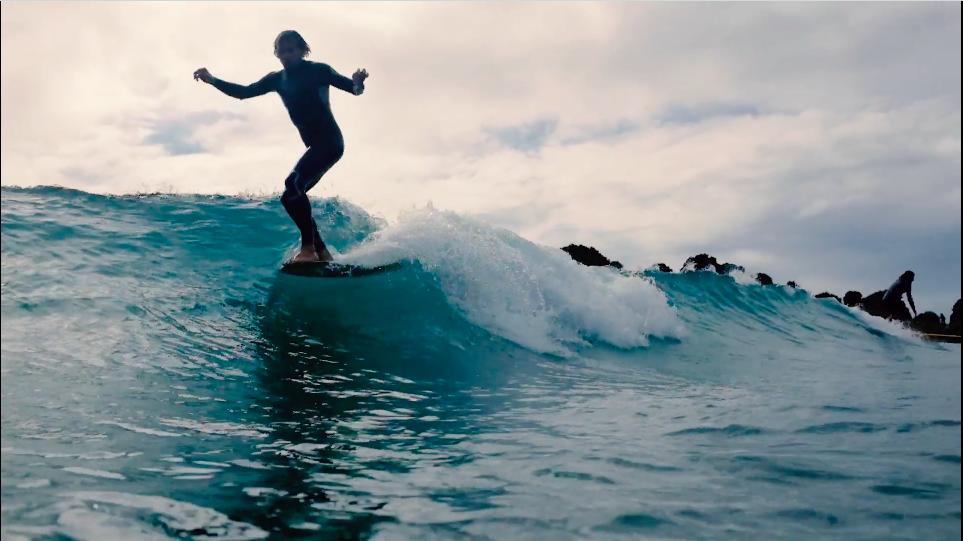 Longboard & Single Fin- Tyler Warren s'éclate en Nouvelle Zélande