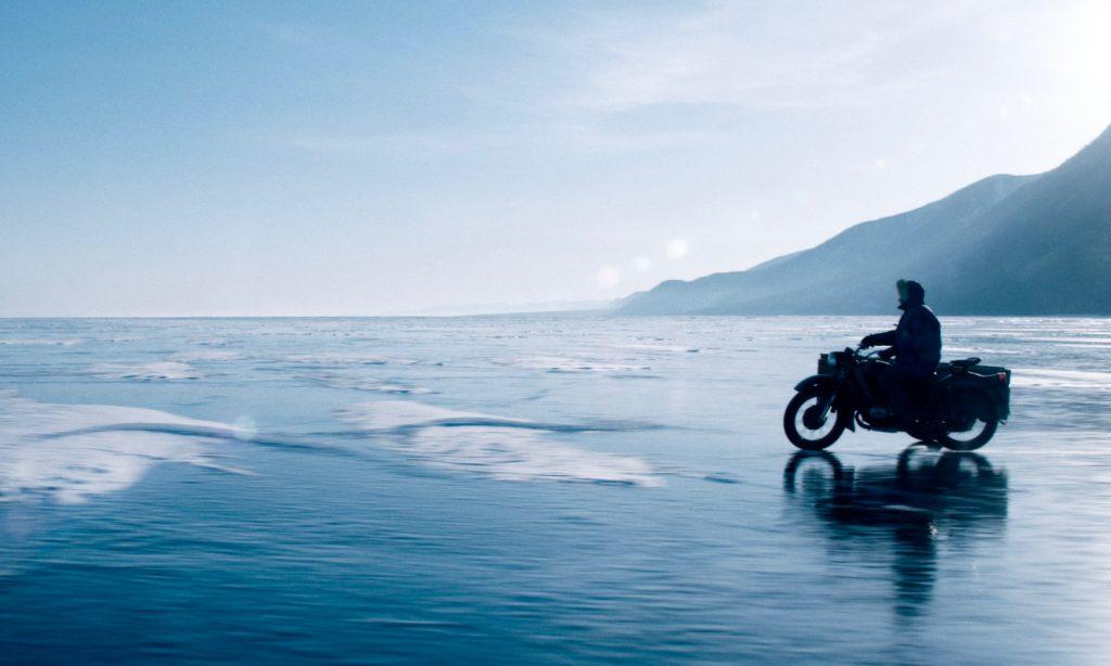 Dans les Forêts de Sibérie - moto