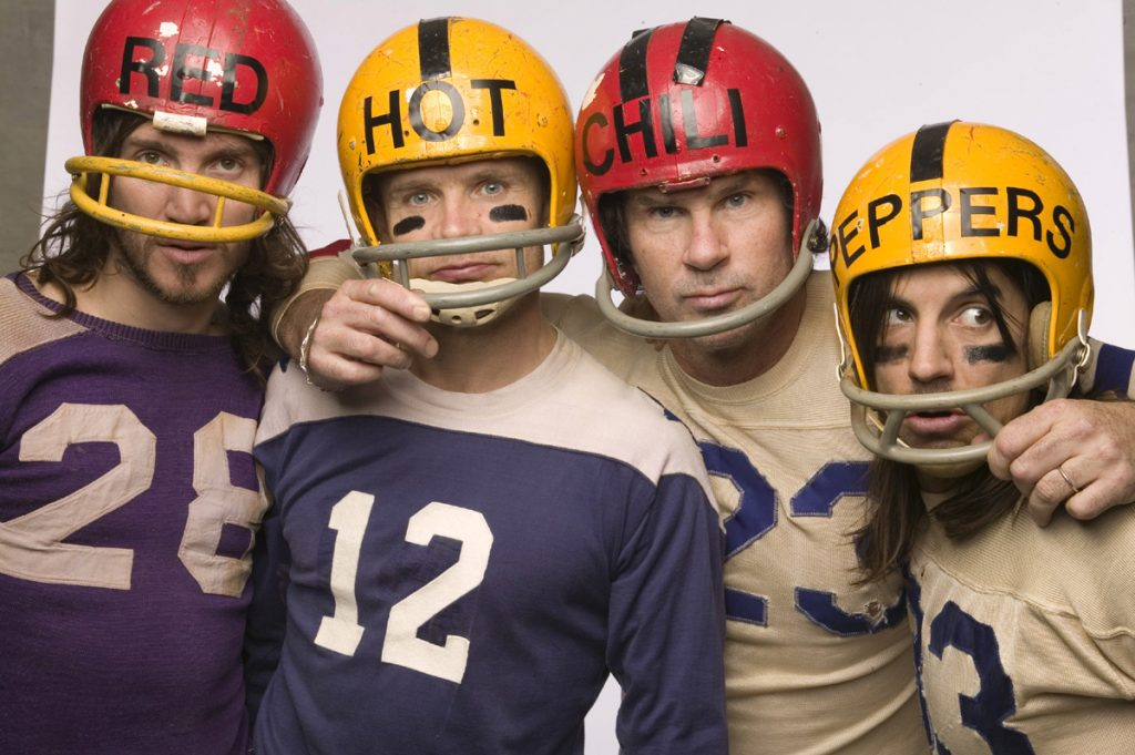 Dark Necessities: le clip très skate des Red Hot Chili Peppers