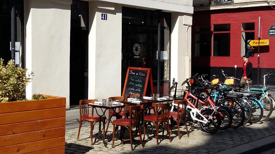 Jour de Vélo- le café-atelier en plein Paris