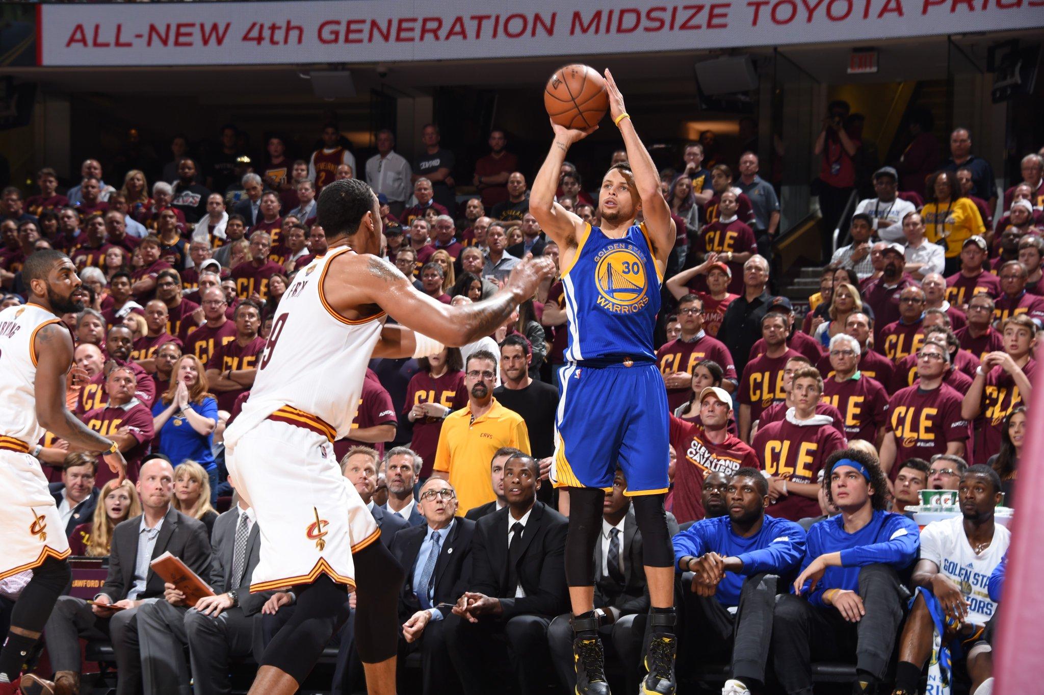 Game 4 Finales NBA Les Splash Brothers trop forts pour les Cavaliers