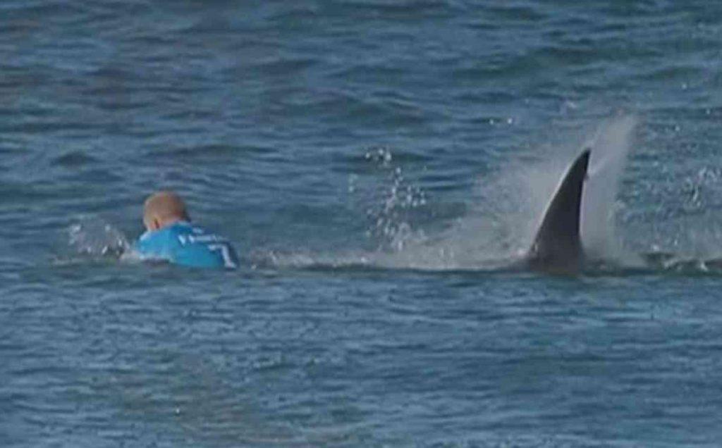 Le Jour où Mick Fanning s'est fait attaquer par des requins à J-Bay