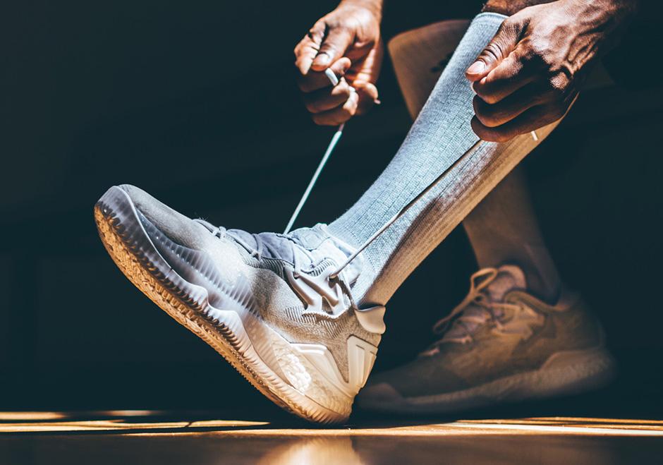 adidas-crazylight-boost-2016-white-3