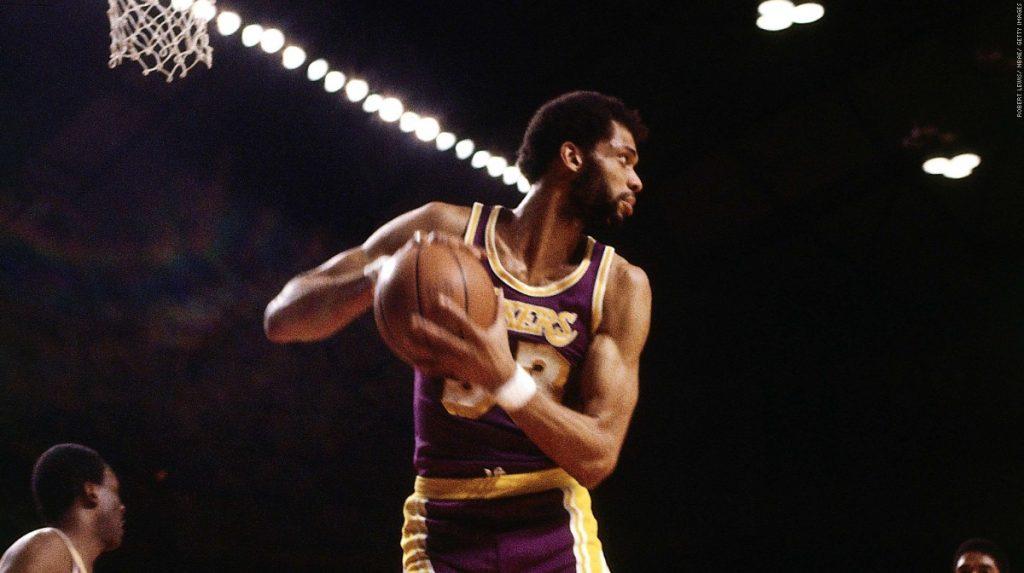 Kareem Abdul Jabbar– le meilleur joueur NBA de tous les temps (avant Jordan)