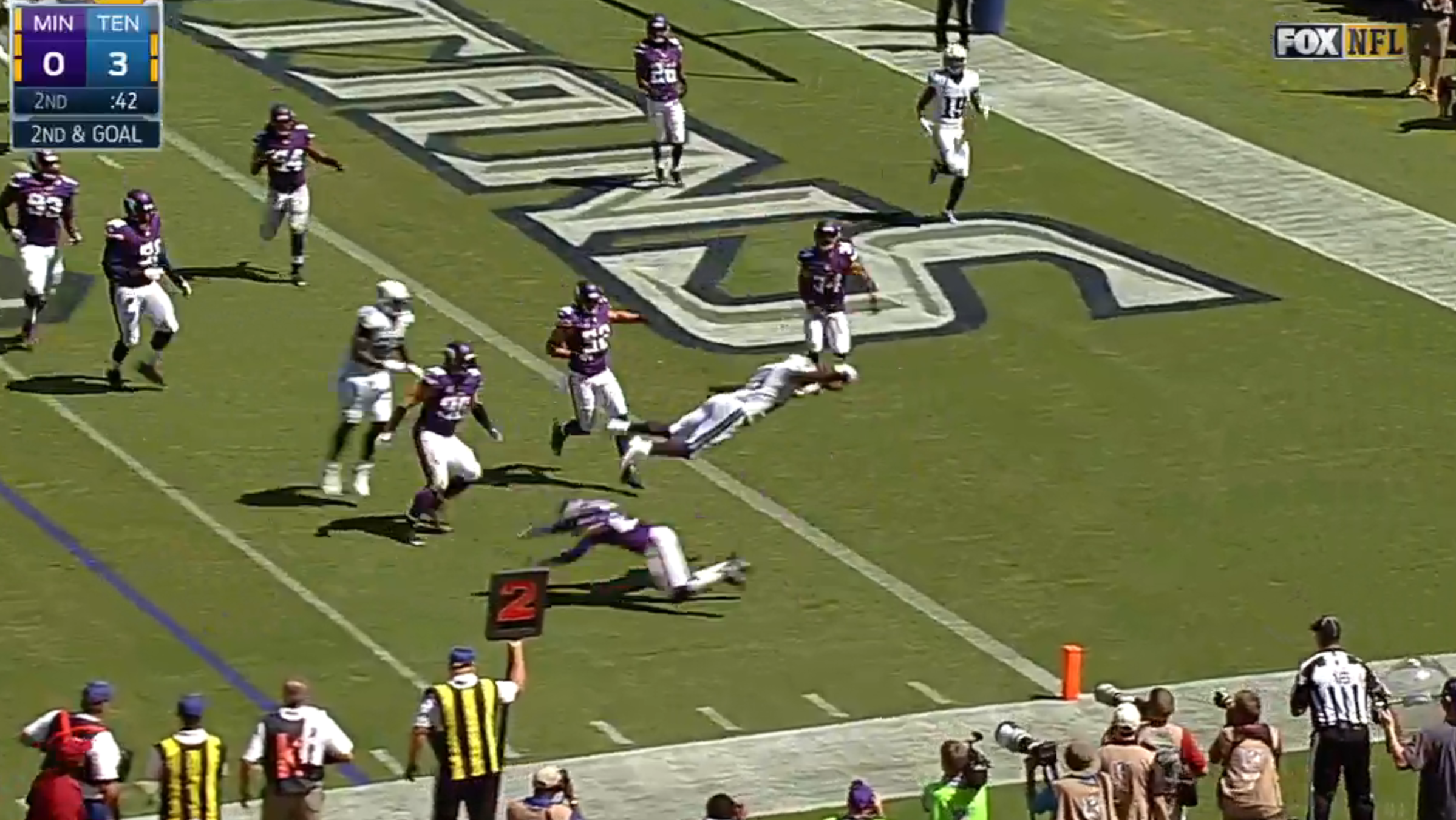 demarco-murray-plante-un-enorme-touchdown-face-aux-vikings