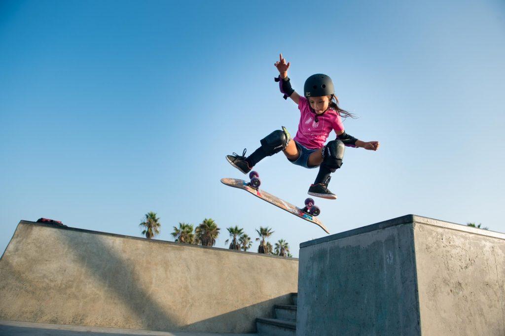 sky-brown-skate