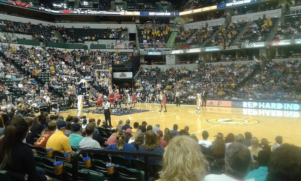 Au coeur d'un match NBA, Pacers vs. Bulls - The American Entertainment