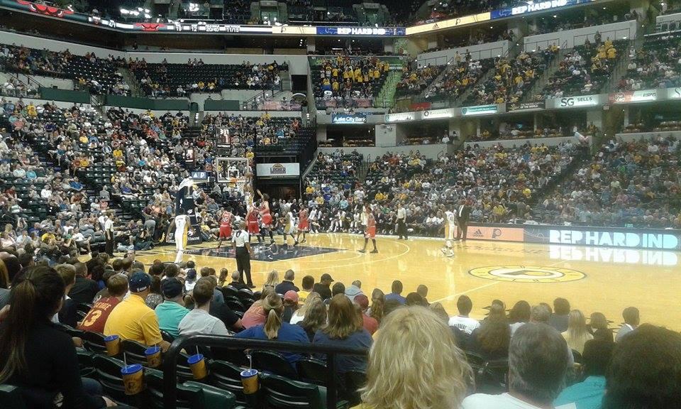 Au coeur d'un match NBA, Pacers vs. Bulls- The American Entertainment