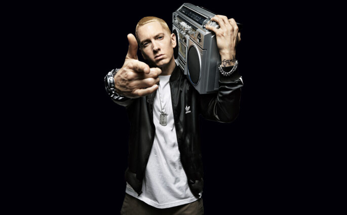 Eminem un nouvel album et Campaign Speech