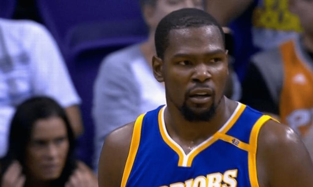 Kevin Durant impérial contre les Suns pour sauver les Warriors