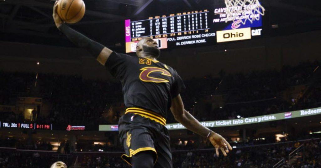 Les Cavaliers et LeBron James commencent par un carnage contre les Knicks