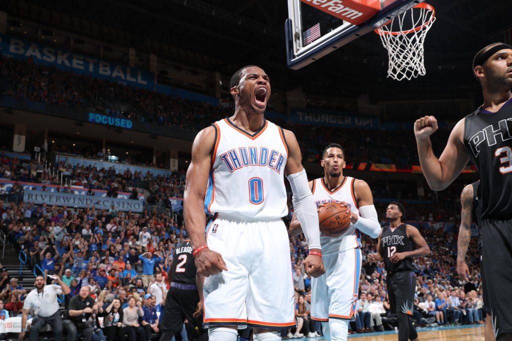 Russell Westbrook monstrueux contre les Phoenix Suns