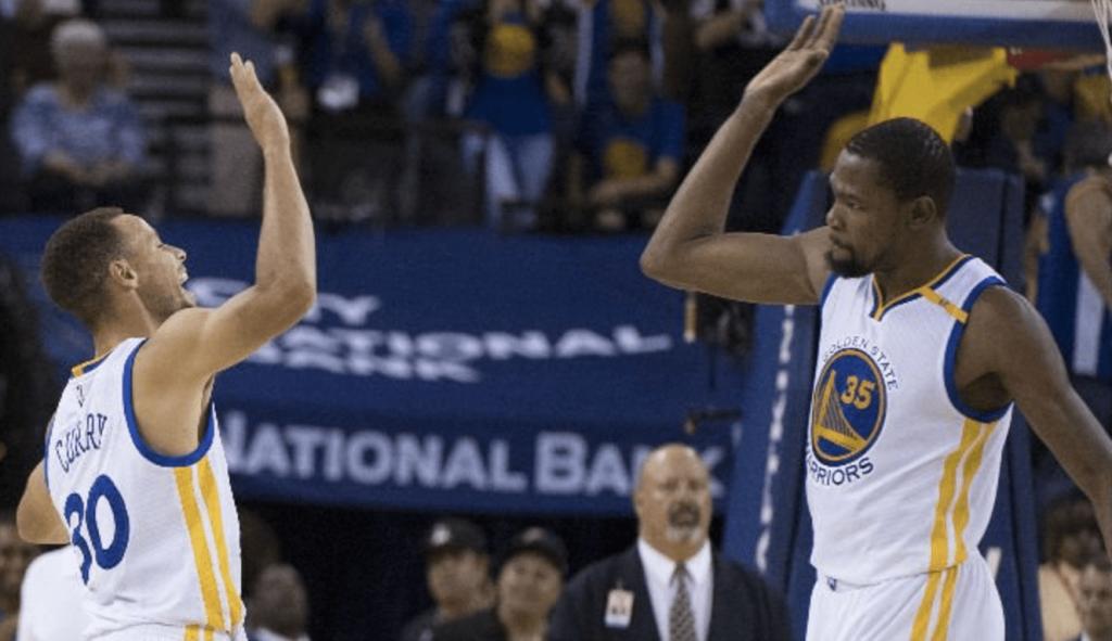 Durant et Curry prennent feu face aux Raptors