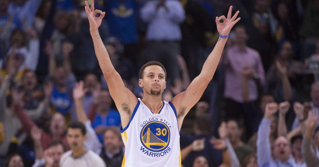Stephen Curry complétement déchaîné contre les Pelicans