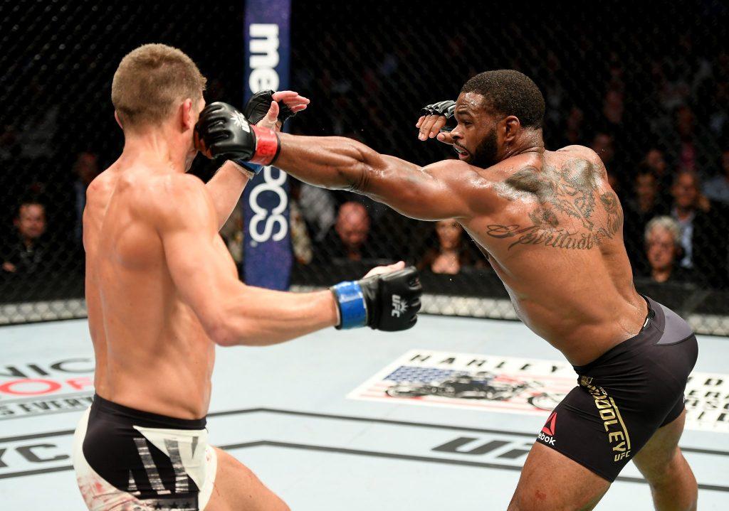 UFC 205 – Woodley et Thompson s'offrent une énorme guerre!