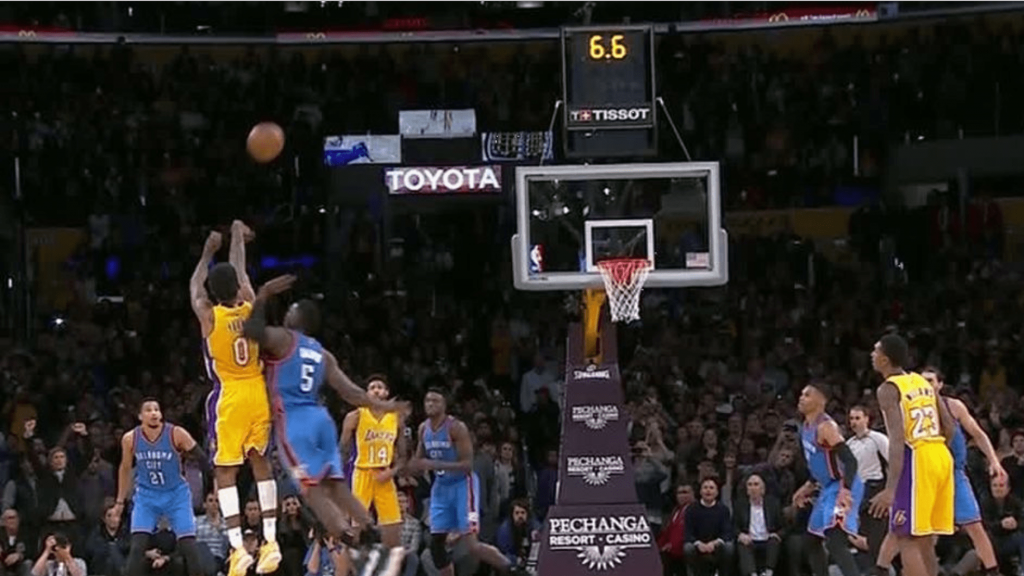 Un buzzer beater et le game winner contre OKC pour Nick Young