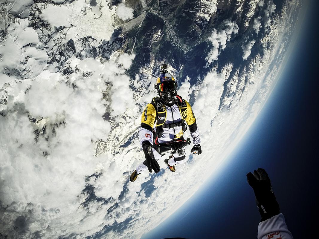 parachutisme red bull