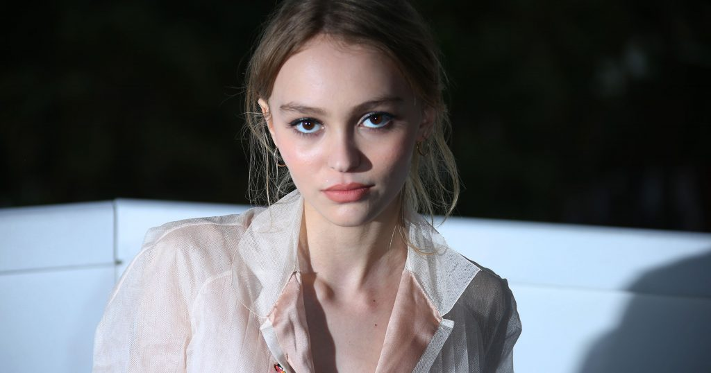 Lily-Rose-Depp-2016