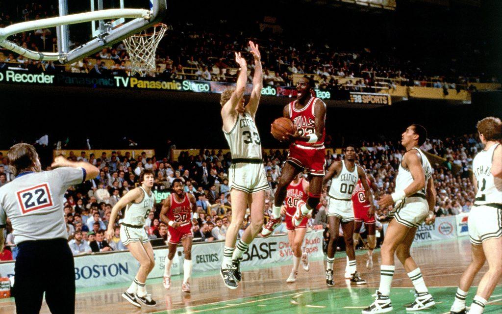 Quand Michael Jordan battait le record de points en playoffs contre Boston