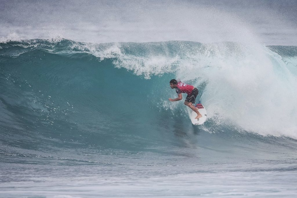 Michel-Bourez-Billabong-Pipe-Masters