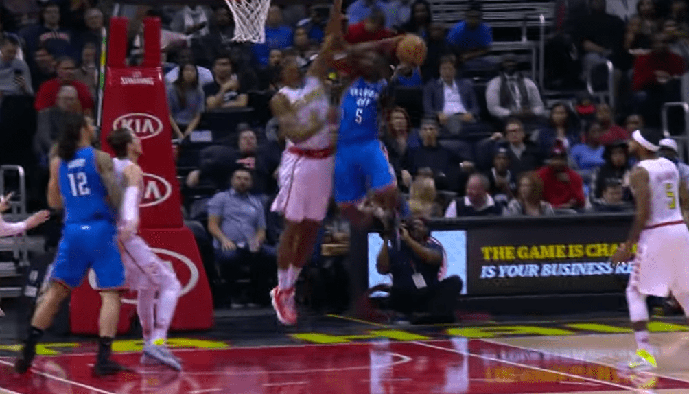 Poster - Victor Oladipo assassine Dwight Howard