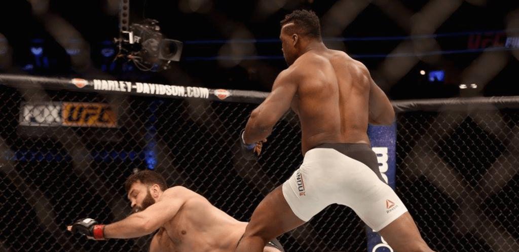 UFC Denver - Francis Ngannou en démonstration face à Andrei Arlovski