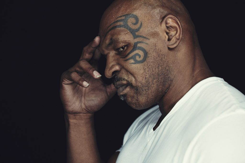 Mike Tyson va coacher Chris Brown pour son combat contre Soulja Boy