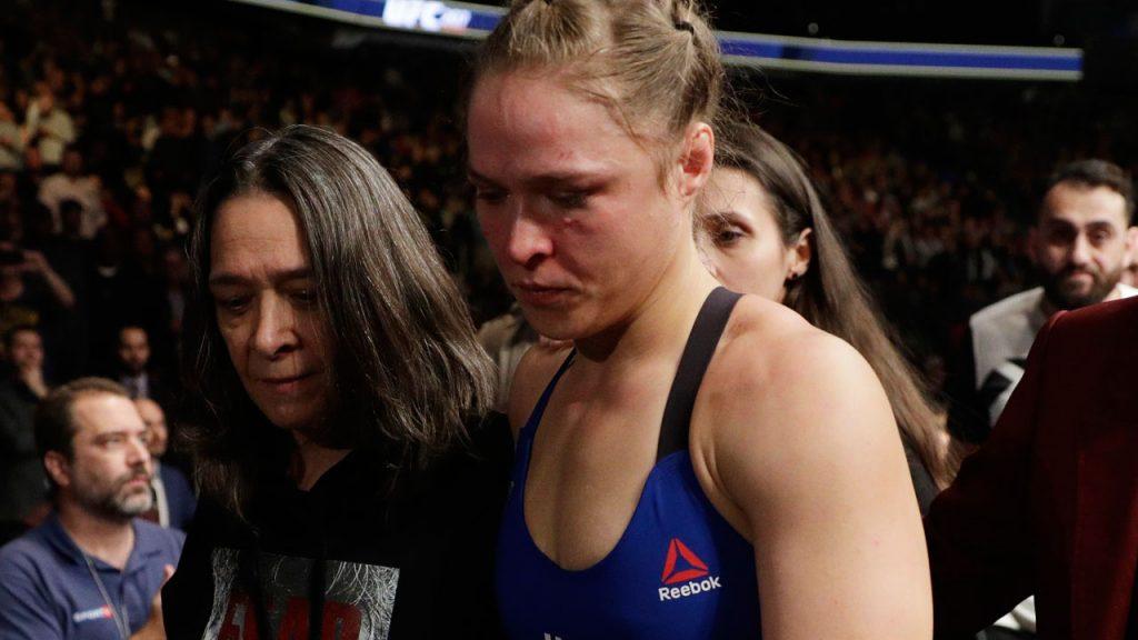 Ronda Rousey réagit à sa défaite en 48s lors de l'UFC 207