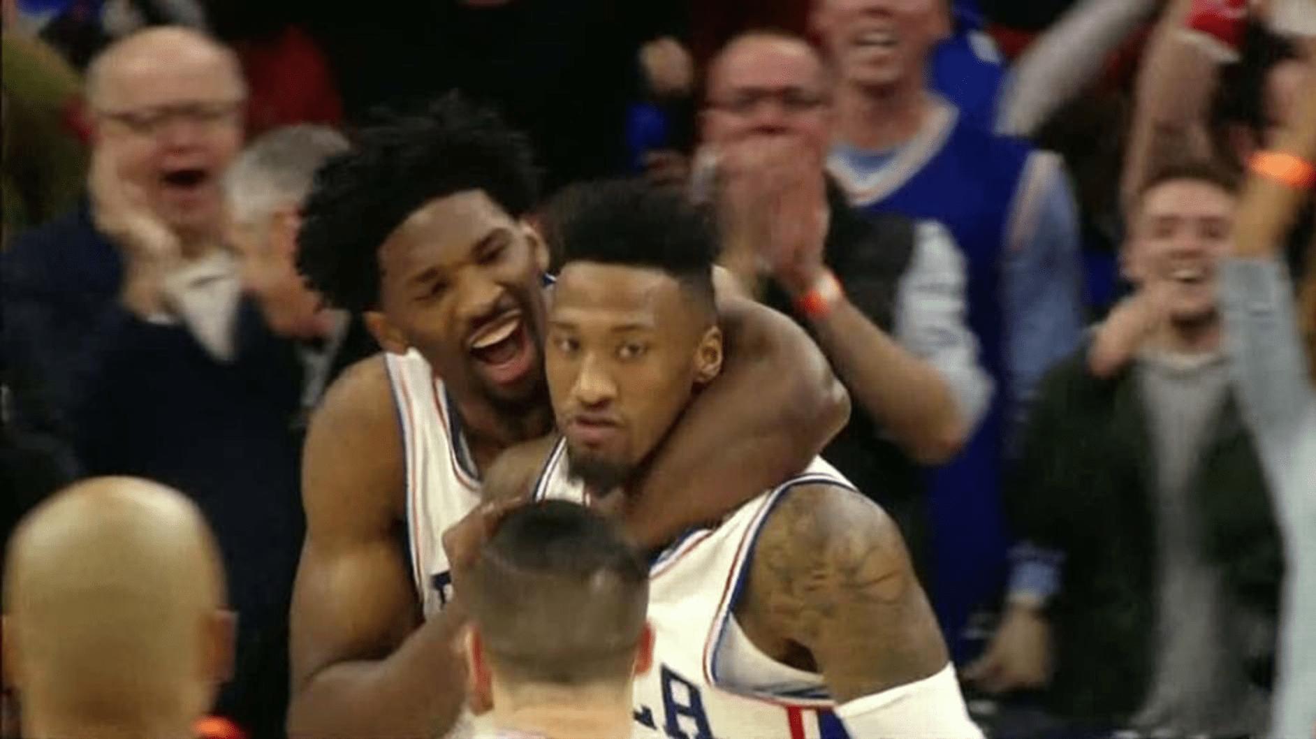 Sixers vs. Blazers - Philadelphie et Covington dans la légende