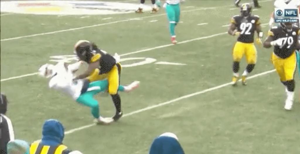 Steelers vs. Dolphins - Matt Moore s'est fait cartonner par Bud Dupree
