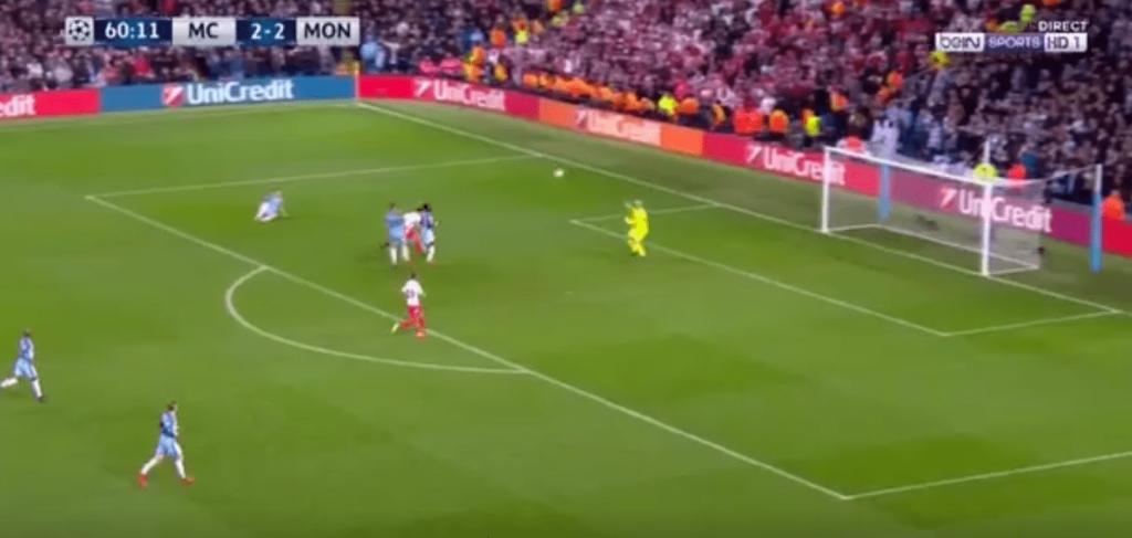 Manchester City vs. Monaco - Radamel Falcao s'offre le doublé sur un lob magnifique