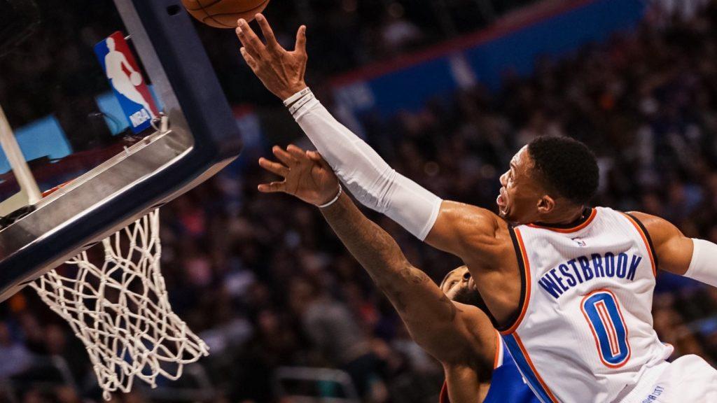 Russell Westbrook passe ses nerfs sur les Knicks: Triple Double et victoire