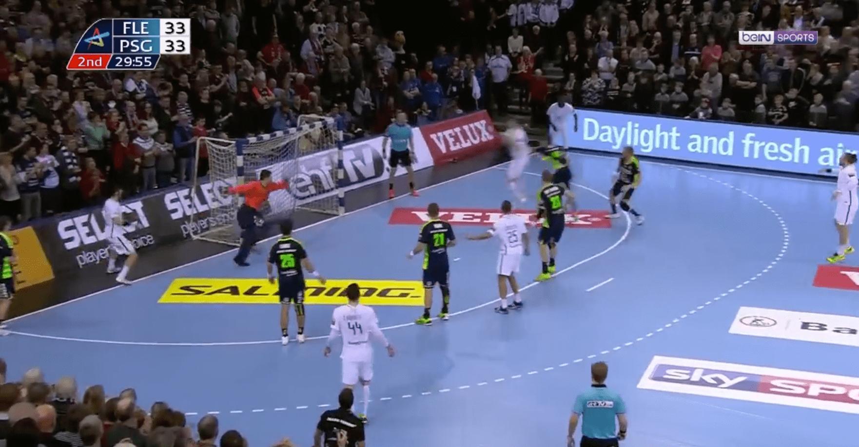 Ligue des Champions - Le PSG s'impose à Flensburg sur un kung-fu à 3s de la fin