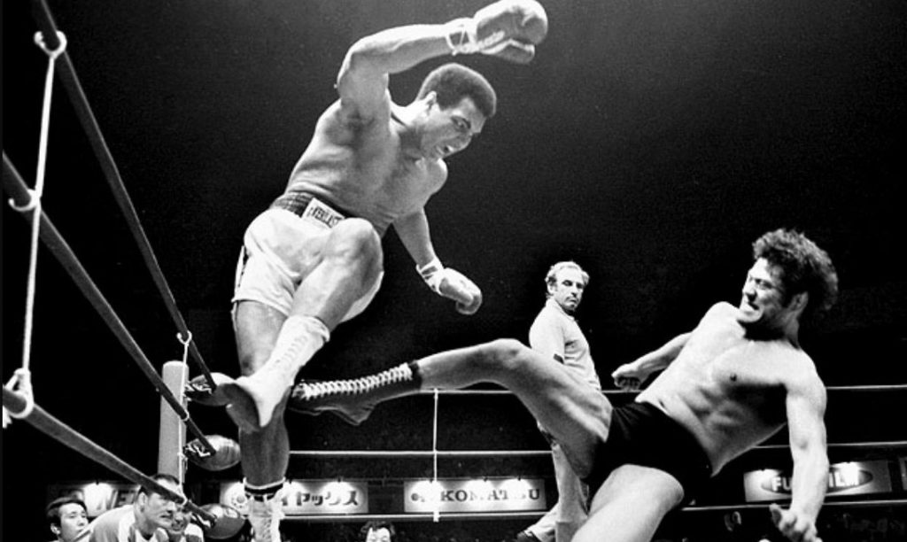 Boxe vs MMA - Mohamed Ali vs Antonio Inoki, Patients Zéro