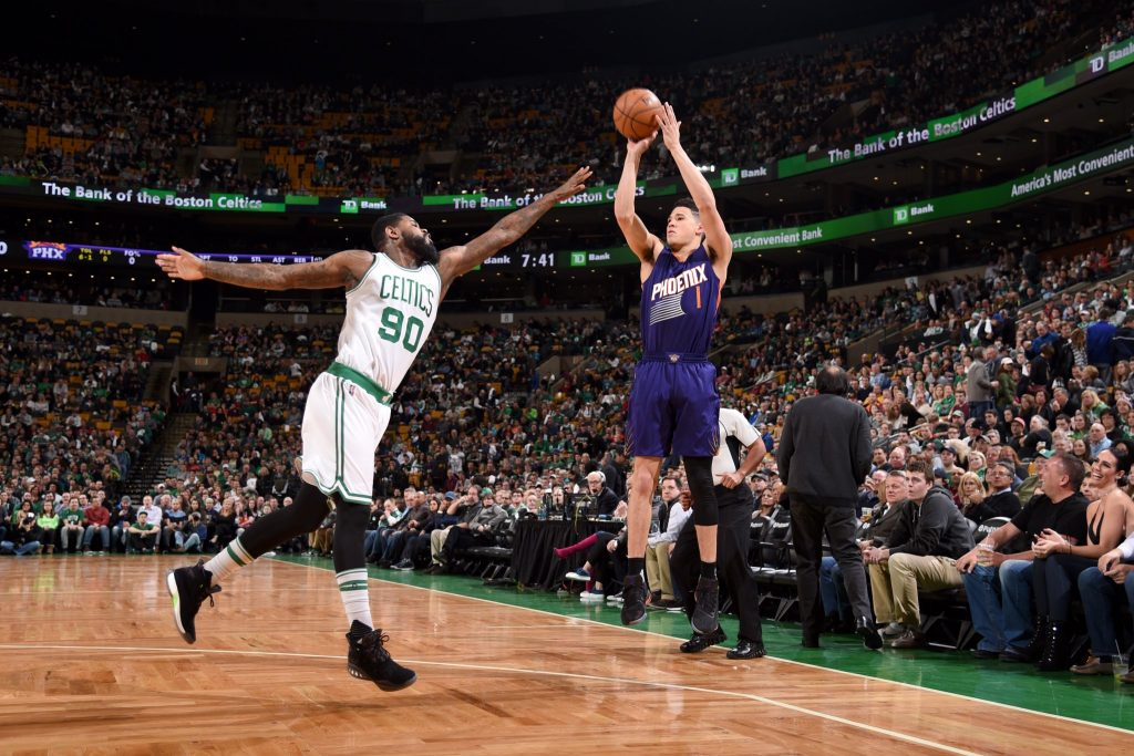 Devin Booker marque 70 points contre les Boston Celtics
