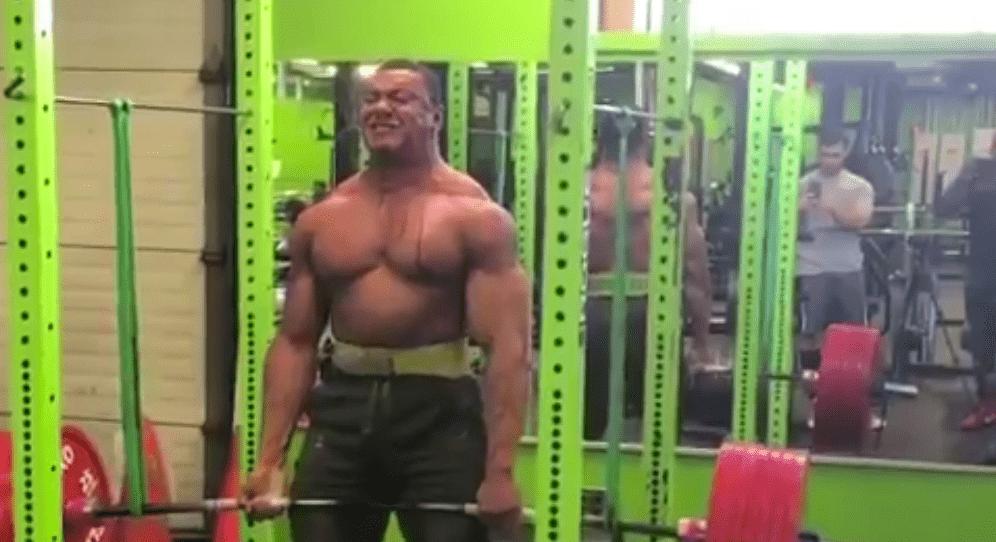 Hématidrose - soulever 375 kg en deadlift peut vous faire transpirer du sang