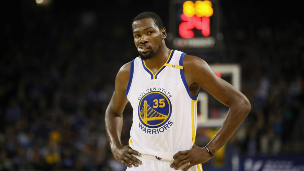 Warriors: Un mois d'absence minimum pour Kevin Durant!