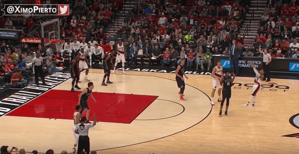 La grosse action à 4 points de Damian Lillard contre les Suns