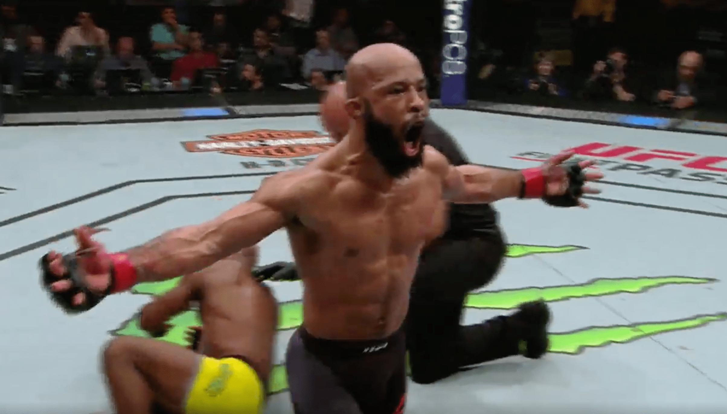Demetrious Johnson en démonstration contre Wilson Reis, rejoint Silva dans la légende