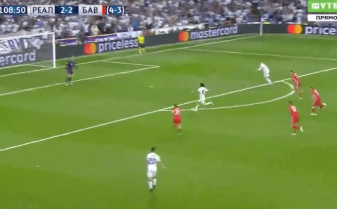 Sur une percée magnifique, Marcelo envoie Cristiano Ronaldo pour le 100e