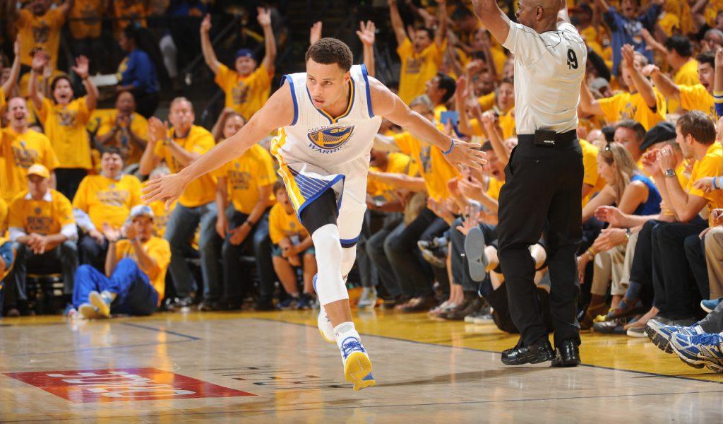 Les Golden State Warriors deviennent l'équipe la plus victorieuse sur trois saisons