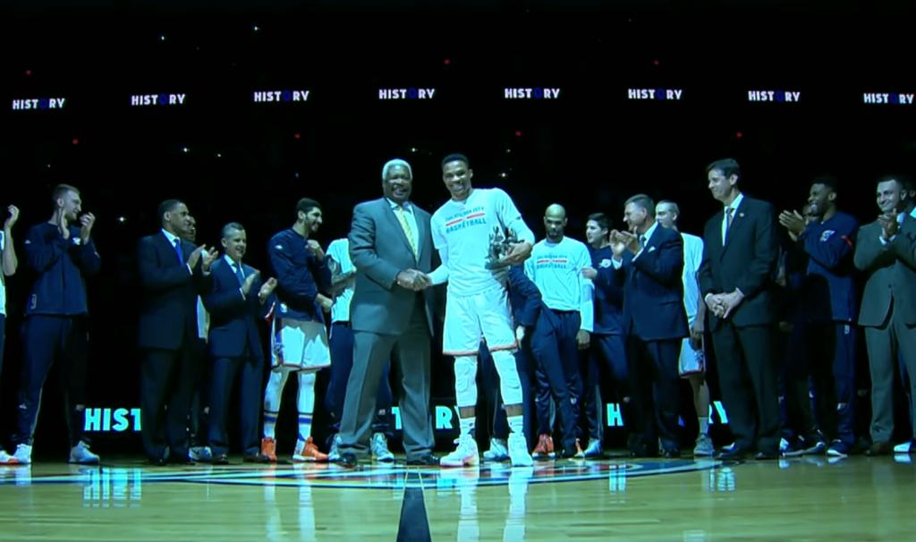 Oscar Robertson présent à OKC pour rendre hommage à Westbrook