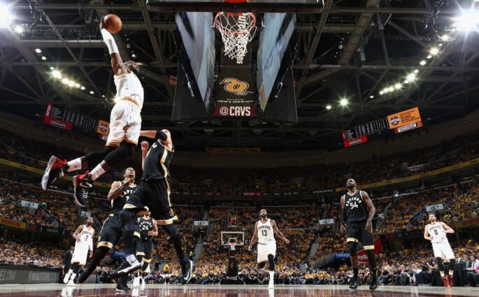 Les Cavaliers de LeBron James trop forts pour les Raptors