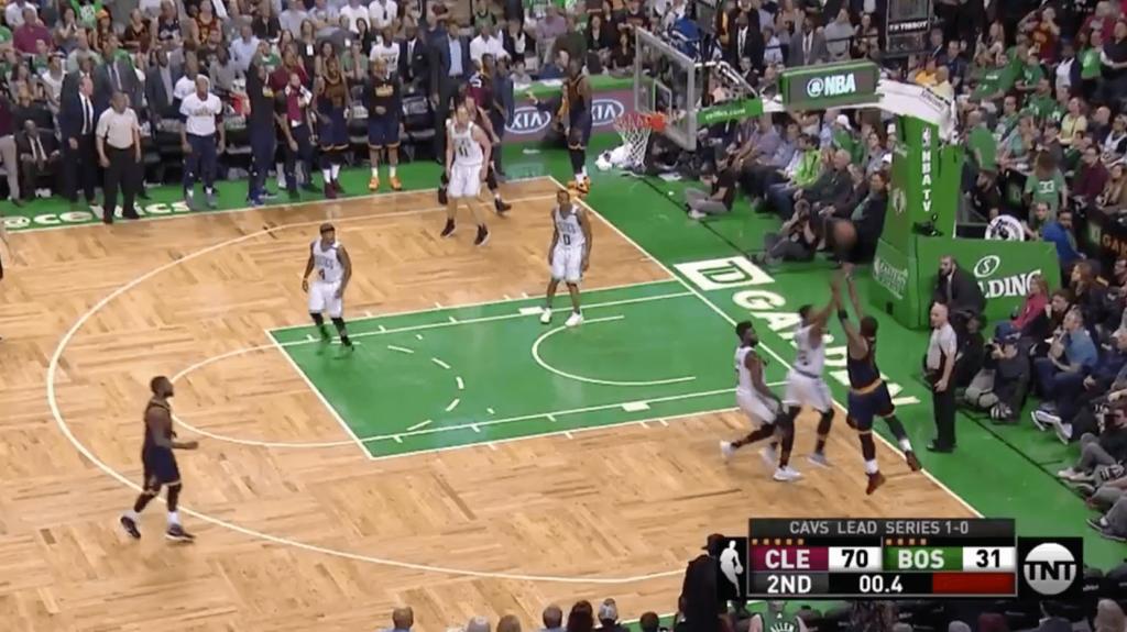 Le gros buzzer beater de JR Smith pour le record contre les Celtics
