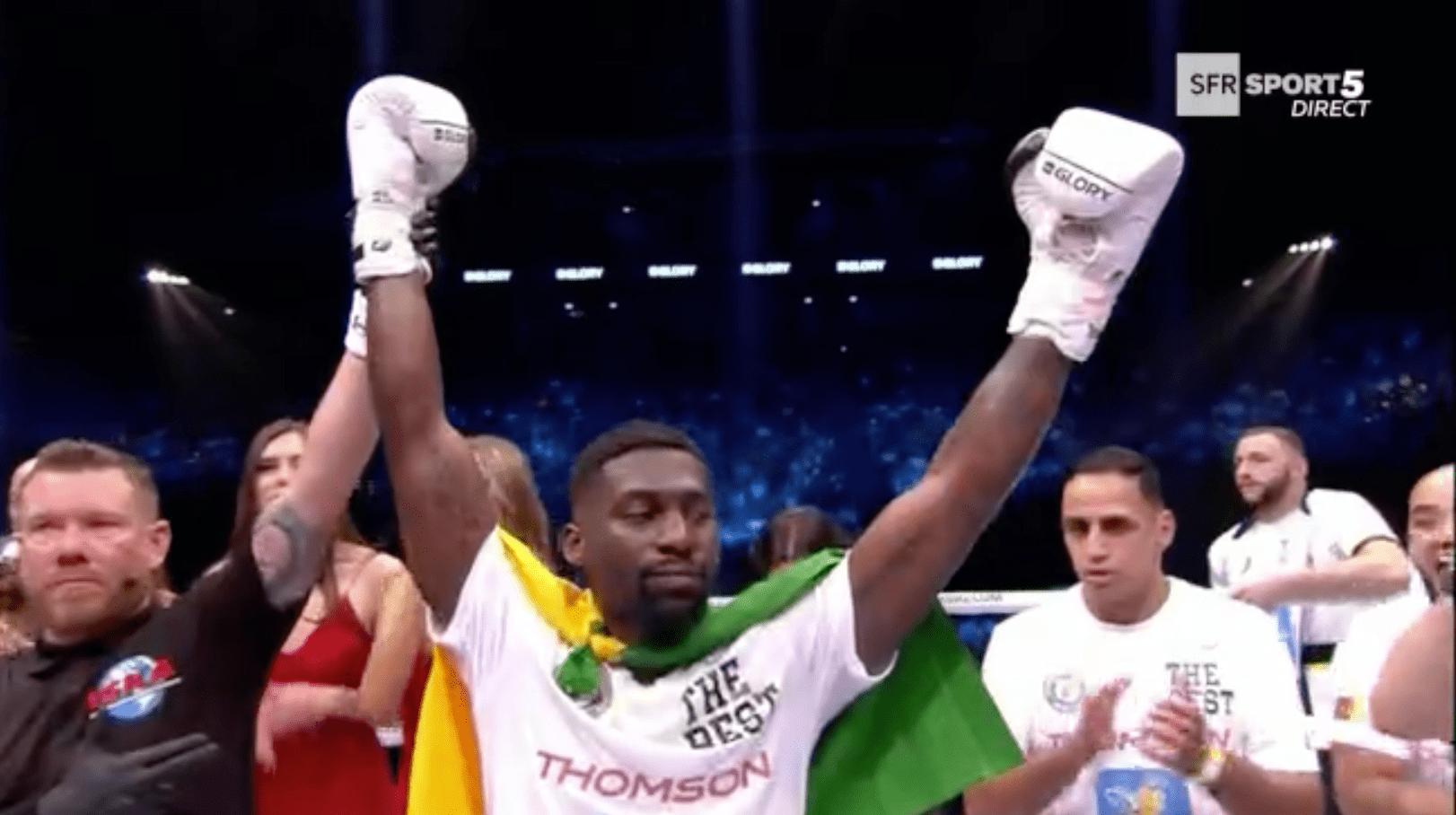 Cedric Doumbé conserve son titre de champion du monde