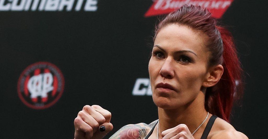 De Randamie déchue, Cris Cyborg pour la ceinture featherweight à l'UFC 214