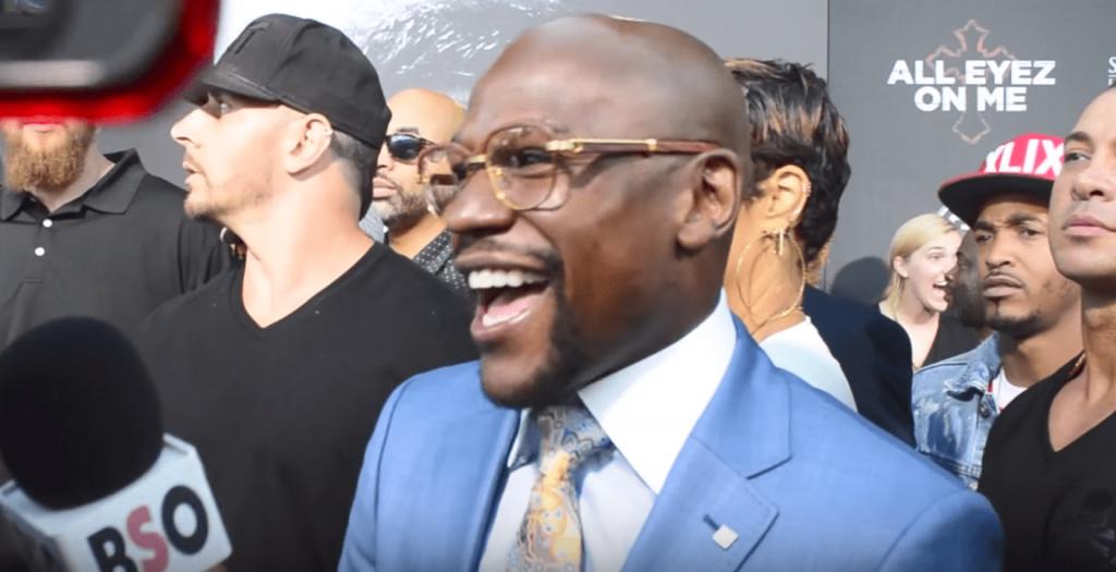 Floyd Mayweather réagit pour la première fois depuis l'annonce du combat
