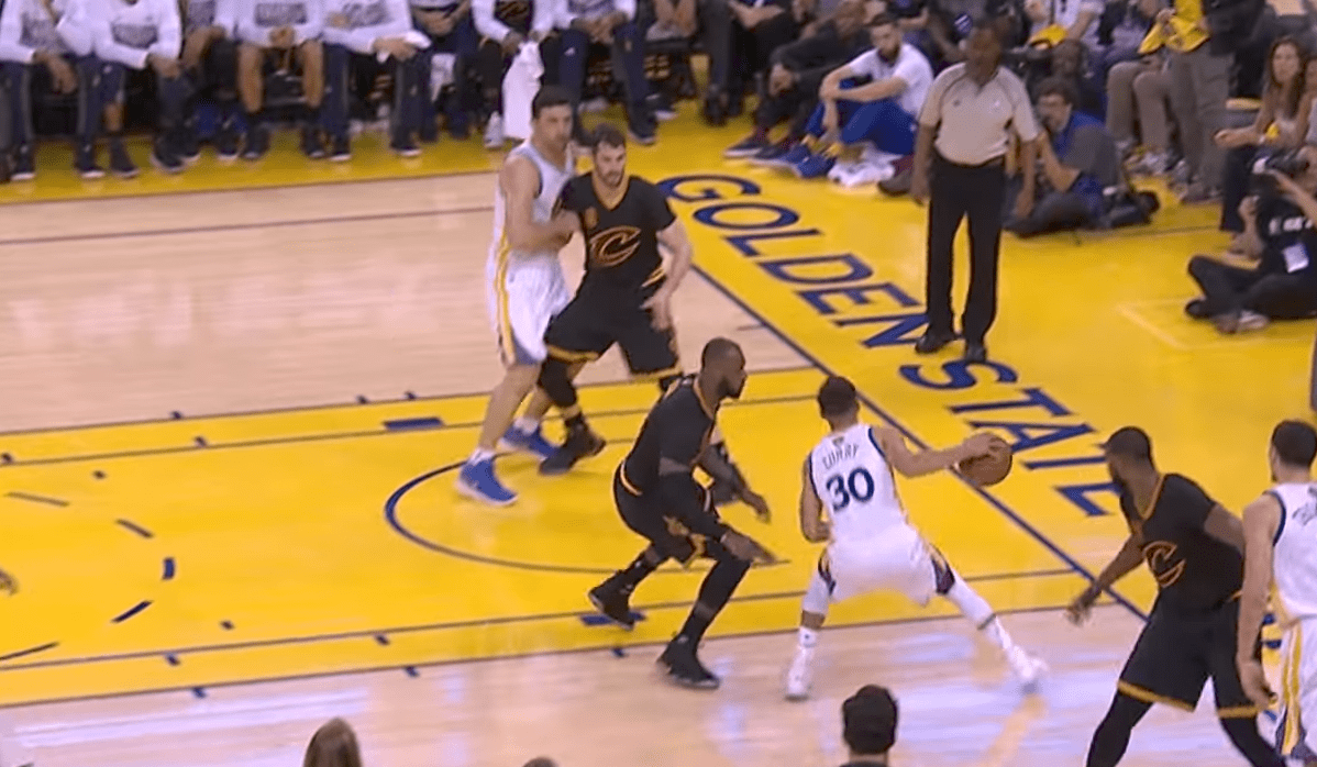 Stephen Curry a bu LeBron James