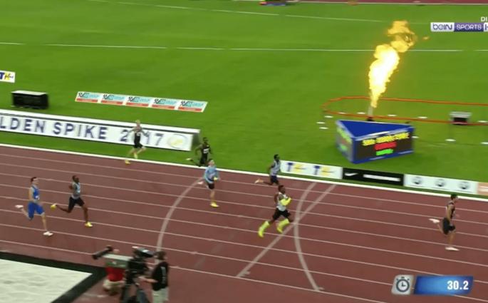 Wayde Van Niekerk bat le record du monde du 300m