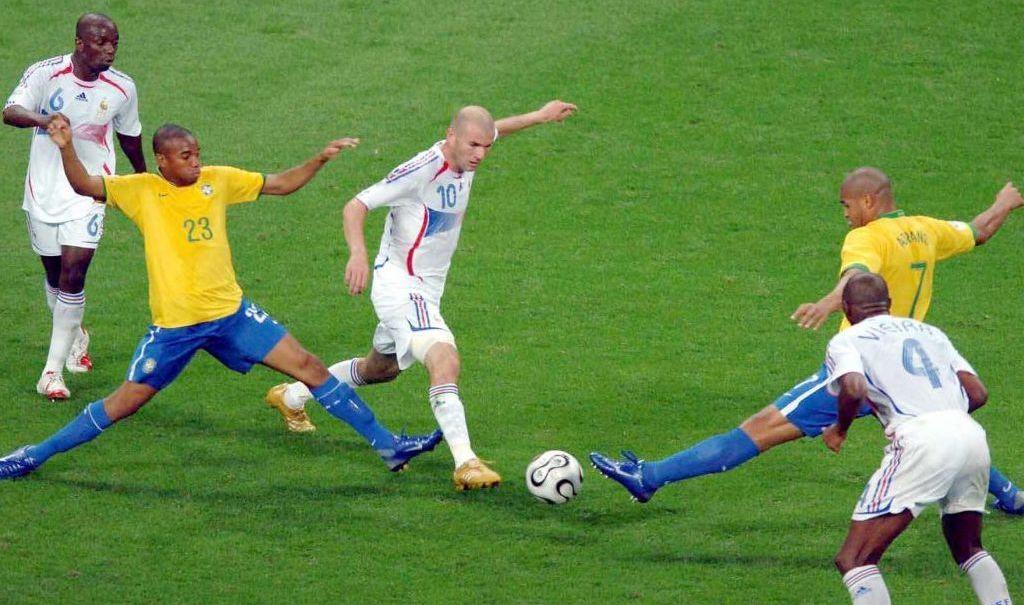 La performance gigantesque de Zinédine Zidane face au Brésil en 2006